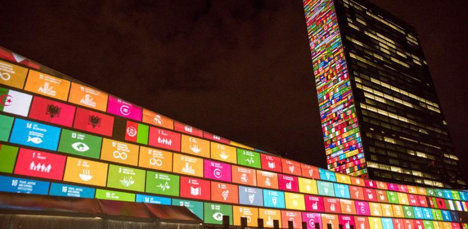 SDGsゲームで学ぶ「世界の現状と未来」 with 世界90か国の現場を見たファシリテーター